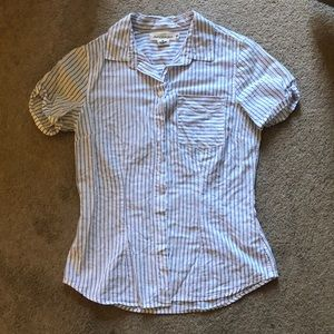 Tops - Button down tee